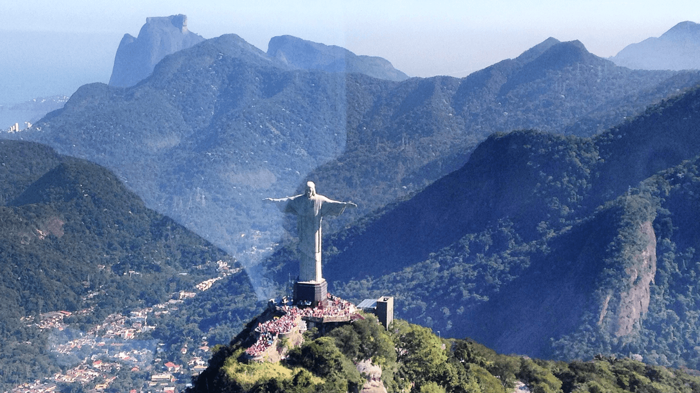 Private visit with a breakfast or a cocktail at Corcovado